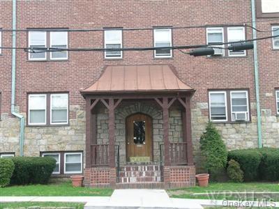 10 OAKRIDGE PL APT 2D, Eastchester, NY 10709 - Photo 1