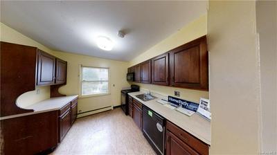 130 GLENWOOD AVE APT 62, Yonkers, NY 10703 - Photo 2