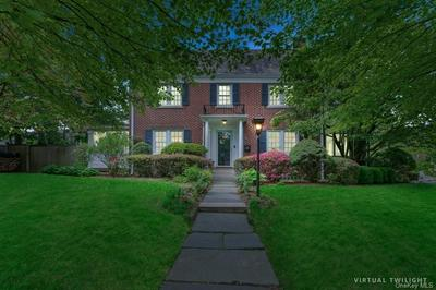 90 LEEWOOD DR, Eastchester, NY 10709 - Photo 2