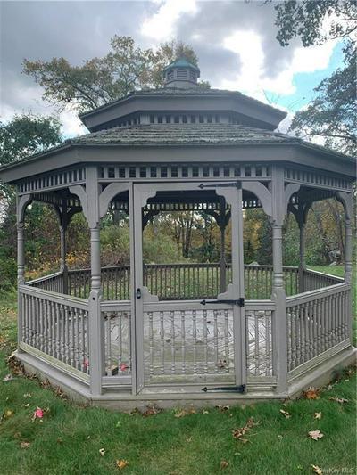 16 CAREY DR, Bedford, NY 10506 - Photo 1