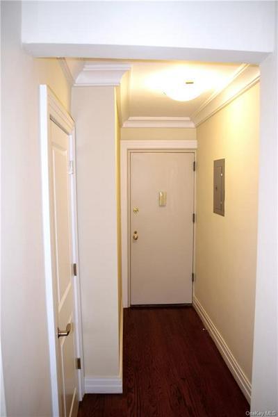 1133 MIDLAND AVE APT 4M, Yonkers, NY 10708 - Photo 2