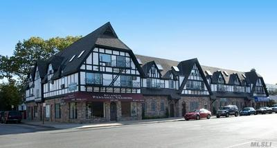 1425 BROADWAY AVENUE 3F, Hewlett, NY 11557 - Photo 1