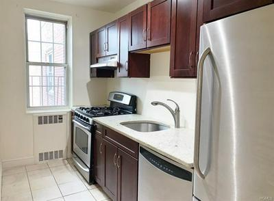 780 BRONX RIVER RD APT A57, YONKERS, NY 10708 - Photo 1