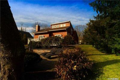 2100 GLENN RD, Southold, NY 11971 - Photo 2
