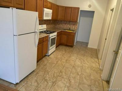 153 BROADWAY APT 2, Haverstraw Town, NY 10927 - Photo 2