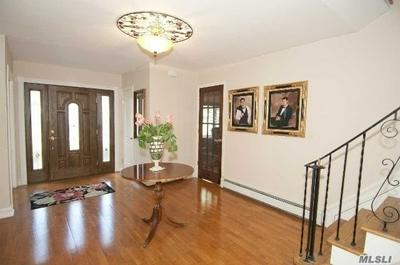 49 PEPPERMINT RD, Commack, NY 11725 - Photo 2