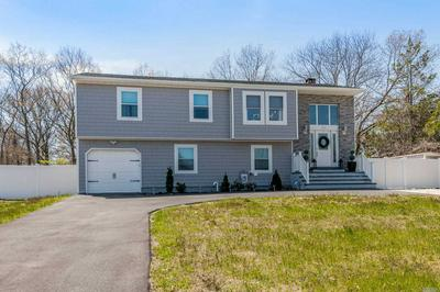 802 OLD TOWN RD, Selden, NY 11784 - Photo 2