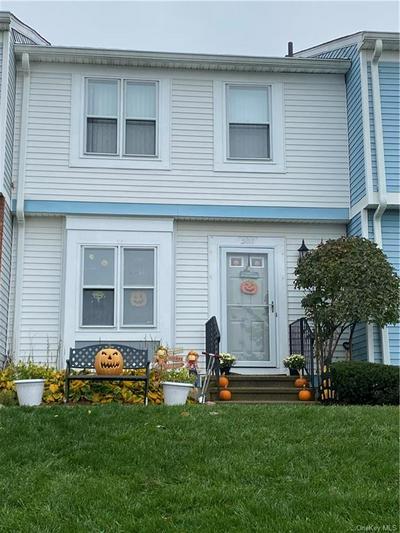 503 WILLIAMSBURG DR, Mahopac, NY 10541 - Photo 2