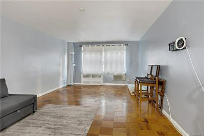 25 FRANKLIN AVE APT 2L, White Plains, NY 10601 - Photo 2