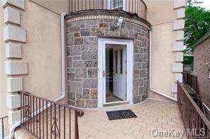 2333 GUNTHER AVE, BRONX, NY 10469 - Photo 2