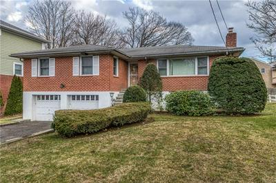 28 ALGONQUIN RD, YONKERS, NY 10710 - Photo 1