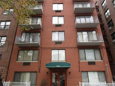 3240 NETHERLAND AVE APT 4A, Bronx, NY 10463 - Photo 2