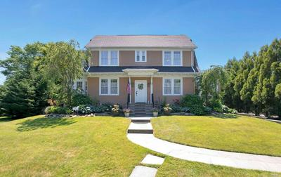 61 S WINDSOR AVE, Brightwaters, NY 11718 - Photo 1