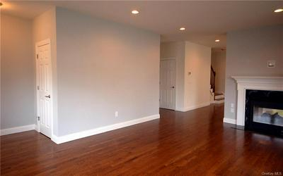 203 GRAND ST # 203-L, Mamaroneck, NY 10543 - Photo 2