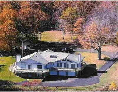 79 SUNRISE DR, Neversink, NY 12788 - Photo 1