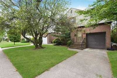 73-54 192ND ST, Fresh Meadows, NY 11366 - Photo 2