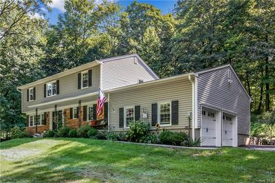 566 REVERE DR, Yorktown Heights, NY 10598 - Photo 2