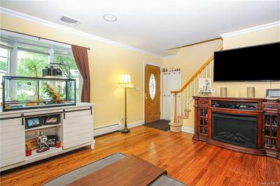 12 N PERKINS AVE, Elmsford, NY 10523 - Photo 2