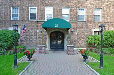 25 PARKVIEW AVE APT 1J, YONKERS, NY 10708 - Photo 2