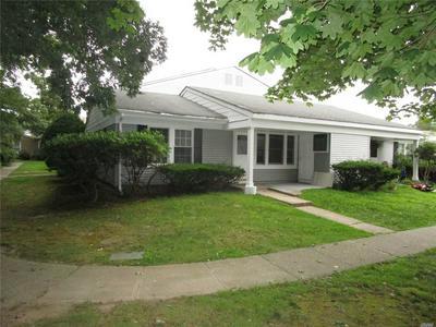 7C TICONDEROGA CT, Ridge, NY 11961 - Photo 1