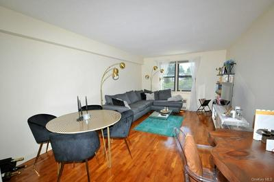 142 GARTH RD APT 1X, Eastchester, NY 10583 - Photo 1