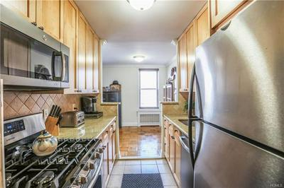 120 DEHAVEN DR APT 129, YONKERS, NY 10703 - Photo 2