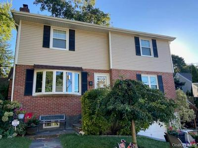 57 PARKWAY CIR, Scarsdale, NY 10583 - Photo 1