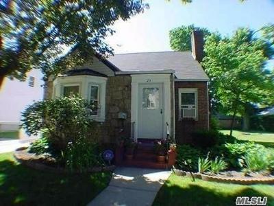 23 W ROOSEVELT AVE, Roosevelt, NY 11575 - Photo 1