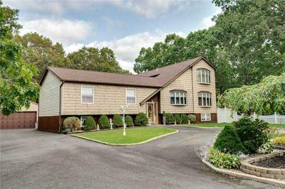 169 ROBINSON AVE, Medford, NY 11763 - Photo 2