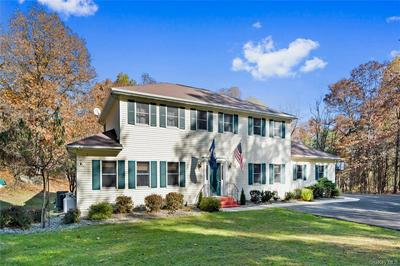 2 VALERIE DR, Chester Town, NY 10918 - Photo 1