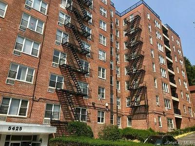 5425 VALLES AVE APT S2C, BRONX, NY 10471 - Photo 2