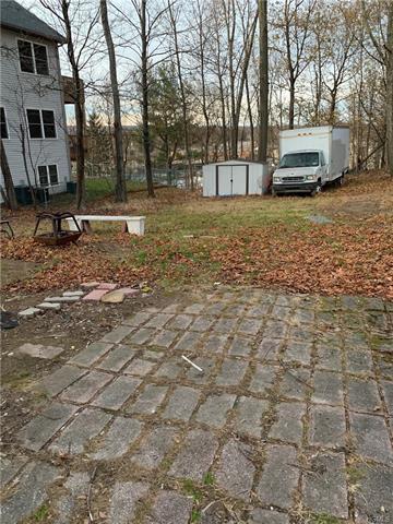 37 EWING AVE, SPRING VALLEY, NY 10977 - Photo 2