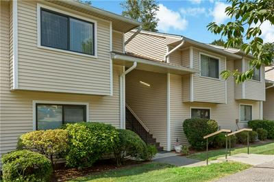 95 MOLLY PITCHER LN APT D, Yorktown Heights, NY 10598 - Photo 2