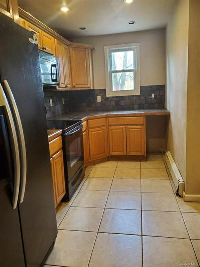 421 ST ANDREWS RD, Walden, NY 12586 - Photo 2