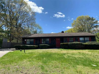 648 TOWNLINE RD, Hauppauge, NY 11788 - Photo 1
