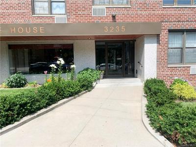 3235 CAMBRIDGE AVE APT 6J, Bronx, NY 10463 - Photo 1