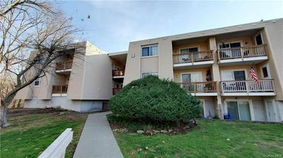 529 FOX RUN LN, Carmel, NY 10512 - Photo 2