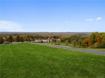 194 DEVON FARMS RD, Stormville, NY 12582 - Photo 2