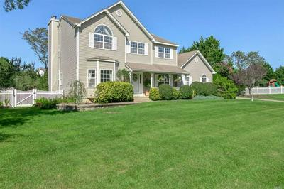 10 SHANG LEE DR, Manorville, NY 11949 - Photo 1