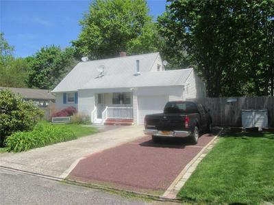 20 KAY RD, Calverton, NY 11933 - Photo 1