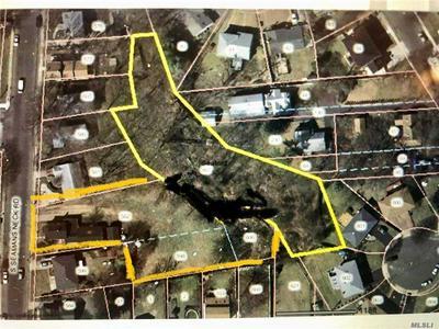 2349 S SEAMANS NECK RD, Seaford, NY 11783 - Photo 2