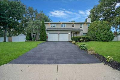 7 APPALOOSA TRL, Centereach, NY 11720 - Photo 2