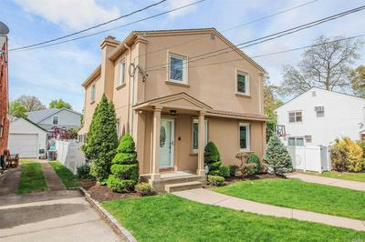 117 DONCASTER RD, Malverne, NY 11565 - Photo 1