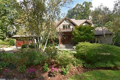 29 VILLAGE LN, BRONXVILLE, NY 10708 - Photo 1