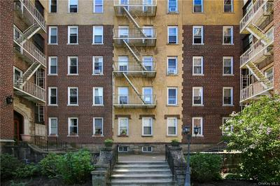 1430 MIDLAND AVE APT 1E, Yonkers, NY 10708 - Photo 1