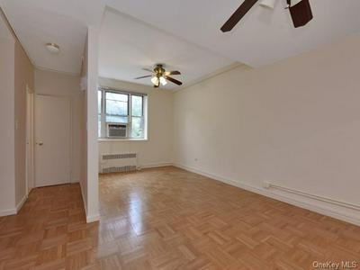 5601 RIVERDALE AVE APT 1B, Bronx, NY 10471 - Photo 2
