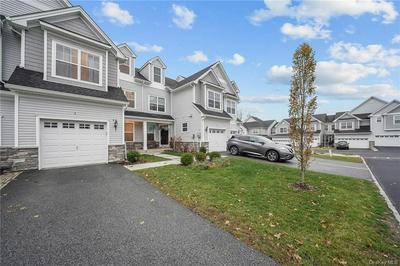 4 KLESS CT, Middletown, NY 10940 - Photo 2