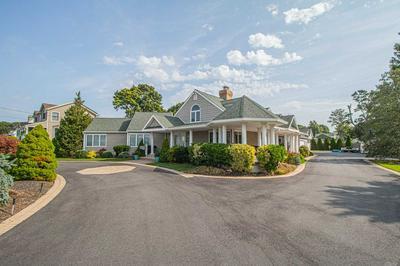 160 RIVERSIDE AVE, Amityville, NY 11701 - Photo 2