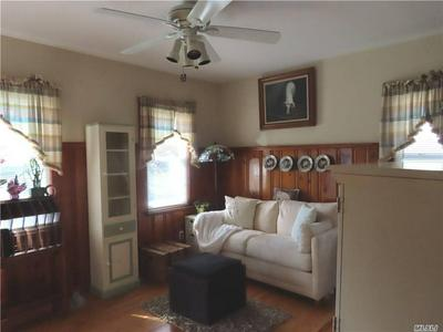 321 COLUMBUS AVE, W. Babylon, NY 11704 - Photo 2