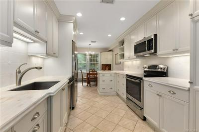 21 CROTON LAKE RD UNIT 23, Katonah, NY 10536 - Photo 2